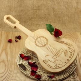 Kuchyňské prkénko Kytara - Zahradní slavnost Classic B